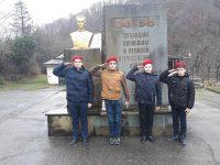 Памятник односельчанам п. Зубова Щель